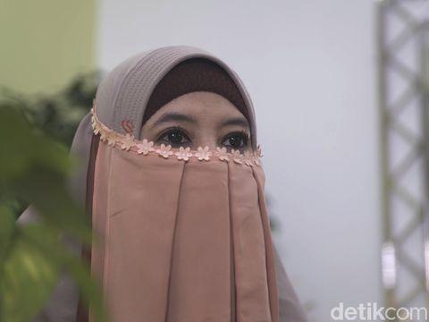Bercadar dan Kena Tumor, Peggy Melati Sukma Ajak Muslimah untuk Bersyukur