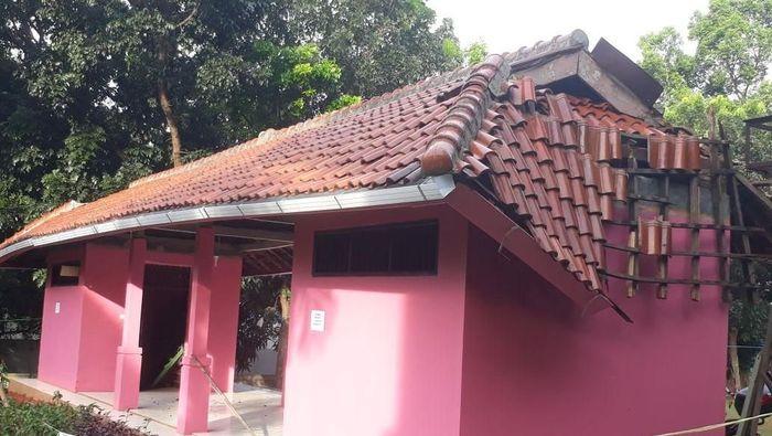 Kondisi bangunan di SKO Ragunan yang rusak (Istimewa)