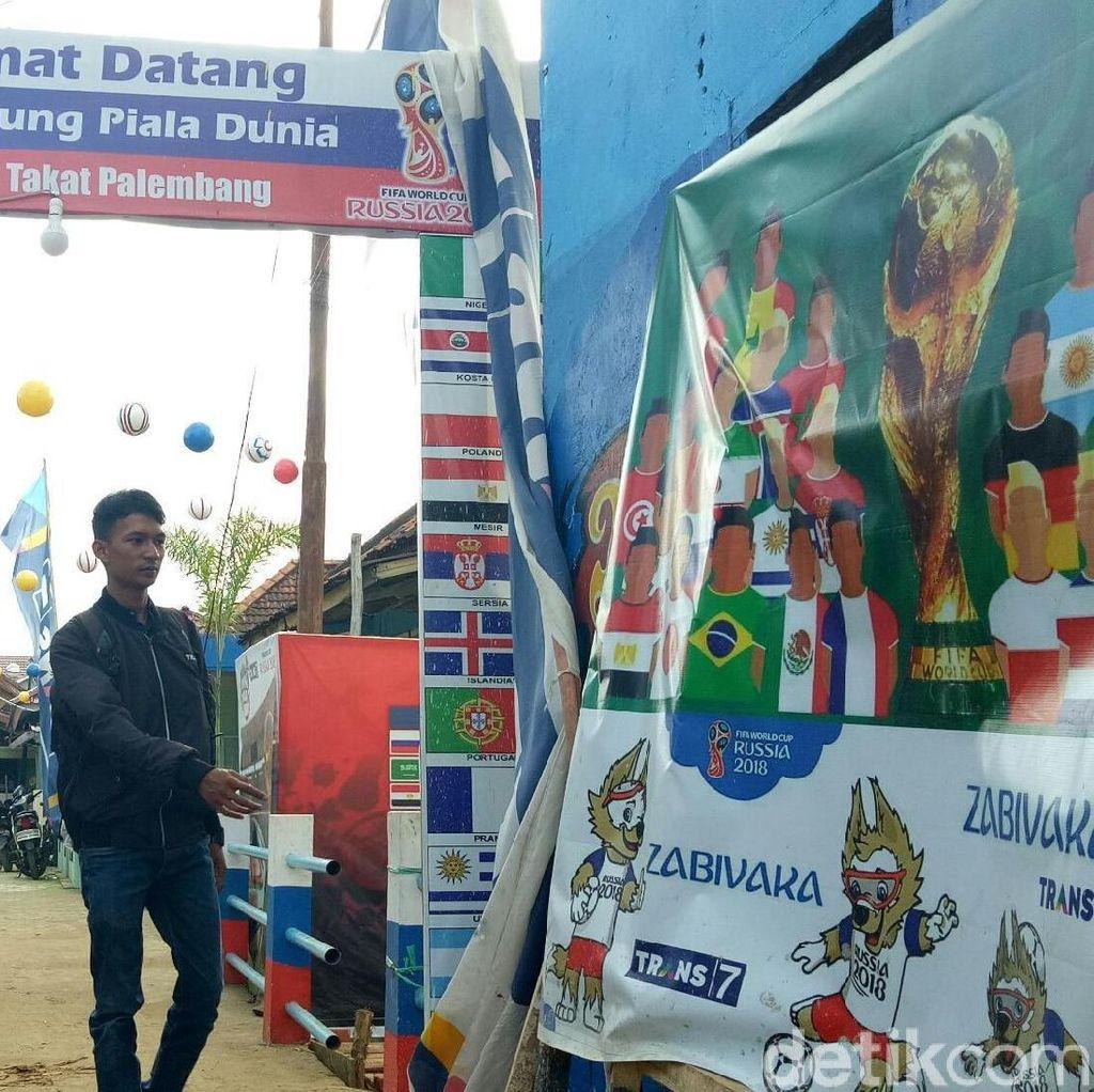 Keren! Rumah-rumah Tua di Palembang Berhias Piala Dunia 2018
