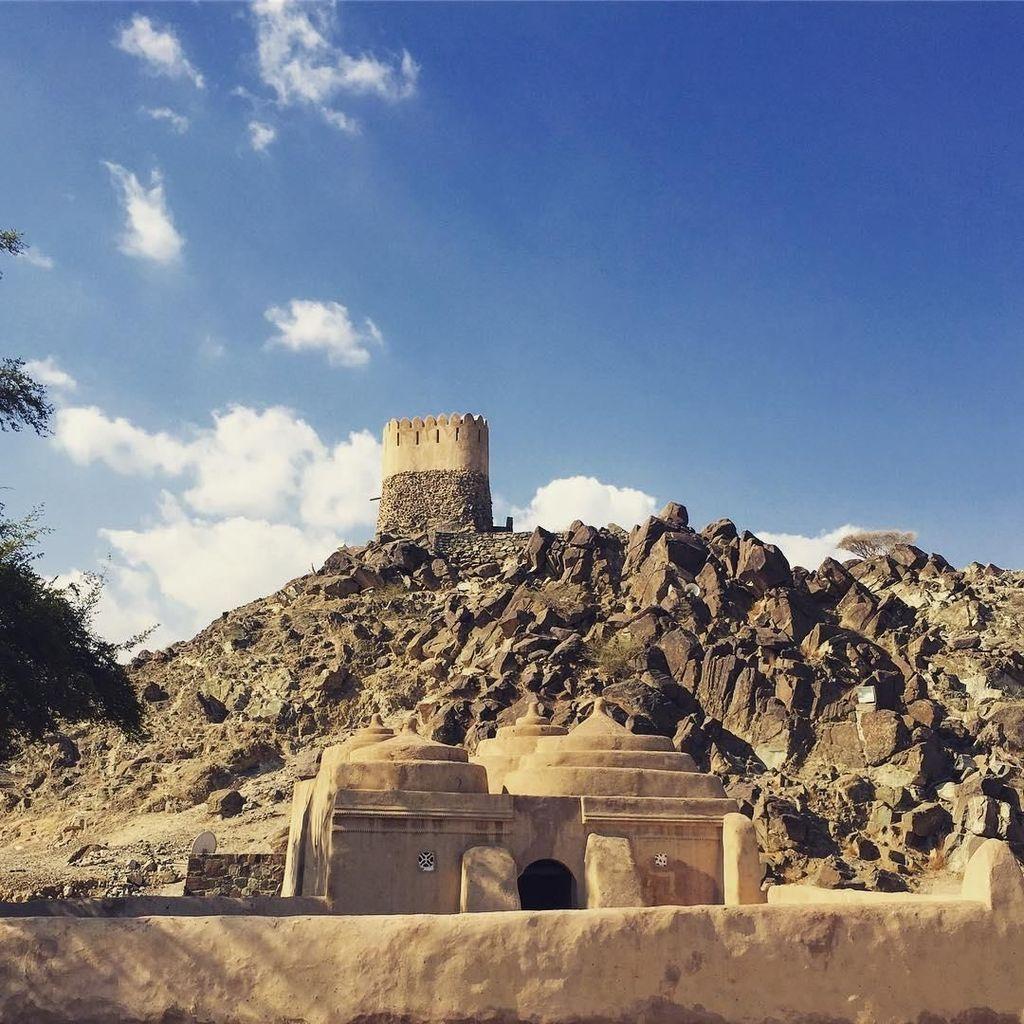 Foto: Masjid Tertua di Uni Emirate Arab yang Misterius