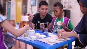 Bikin Keramik, Terapi Psikologis untuk Anak Pengidap Kanker