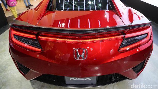 Bagian belakang Honda NSX