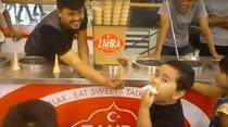 Viral Ekspresi Gemas Bocah yang Kesal Dikerjai Penjual Es Krim