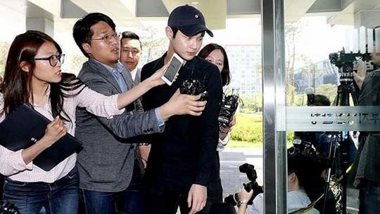 Lee Seo Won Aktor Korea yang Terjerat Skandal Pelecehan