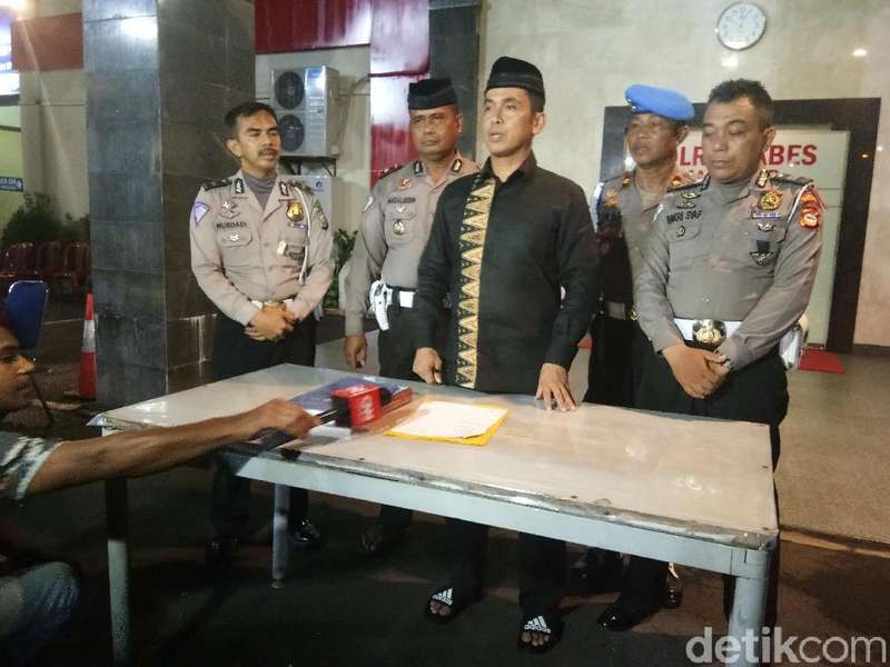 Polisi Bantah Polantas yang Viral di Makassar Terima Pungli