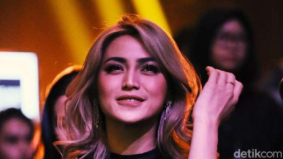 Jessica Iskandar Makin Cantik Aja