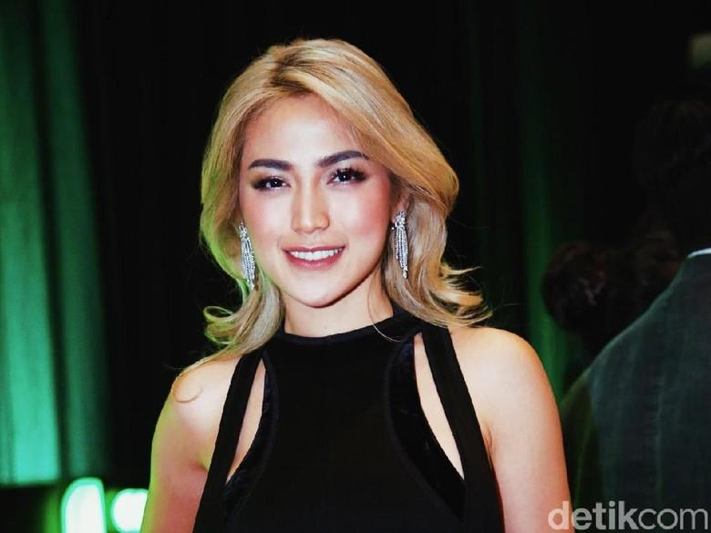 Kekasih Baru Jessica Iskandar Disebut adalah Dokter