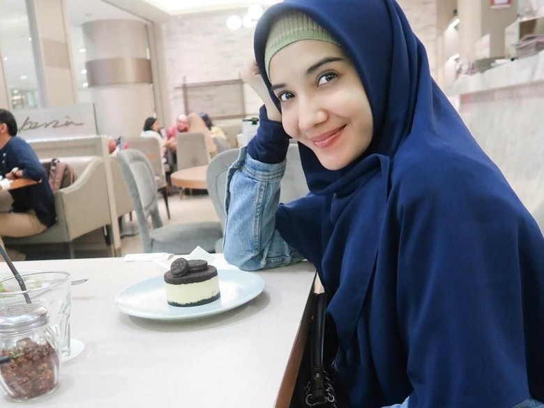 Kini Sudah Hijrah, Zaskia Sungkar Dulu Dipaksa Berhijab