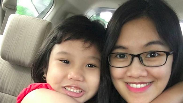 Rindunya Bunda Ketika Tinggal Beda Negara dengan Putrinya/ Foto: dok.pribadi