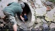 Cerita Penyelamatan Anjing dalam Gorong-gorong di Kali Dekat HI