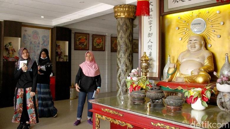 Jelajah Wisata Bhineka Kunjungi Rumah Ibadah