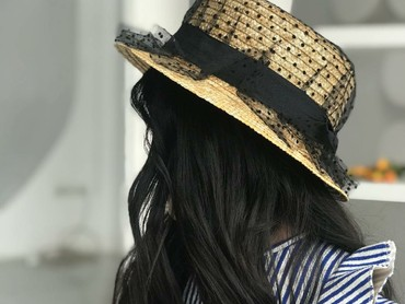 Difoto dengan angle begini, rambut si kecil Lim makin terlihat indah. (Foto: Instagram/lim_nikole via annavolk_photography_)