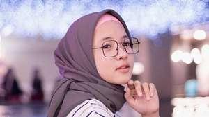 Cantik! Nissa Sabyan Gambus yang Video Covernya Trending di YouTube