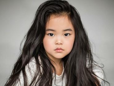 Usia Lim 5 tahun. Rambutnya cantik banget deh. (Foto: Instagram/lim_nikole via annavolk_photography_)
