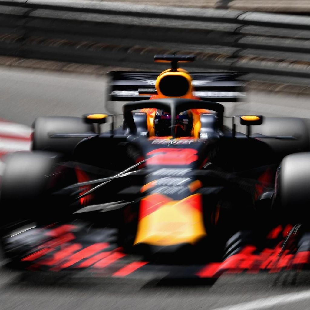Ricciardo Sapu Bersih Sesi Latihan Bebas di Monako