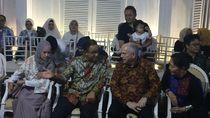 Anies Baswedan Muncul di Panggung Dengarkan Dia Ramadhan Jazz