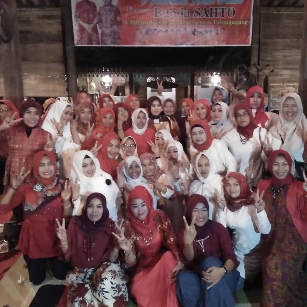 Relawan Rampak Sarinah Perkuat Pemilih Perempuan Gus Ipul-Puti