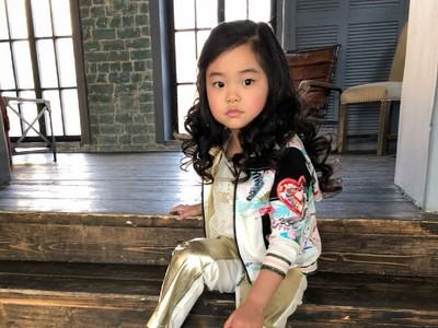 Super Cute, Gadis Cilik Ini Punya Rambut yang Indah Banget