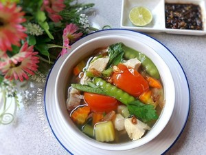 Sahur Yuk! Ini 10 Sajian Sup Ayam Hangat dan Gurih dari Netizen