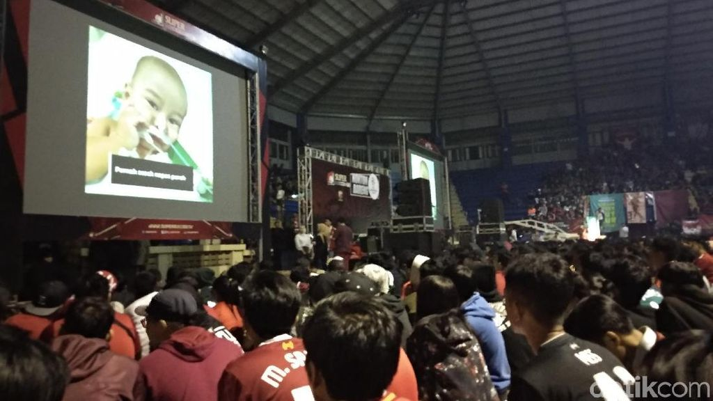 BIGREDS Bandung Gelar Nobar Sambil Galang Donasi