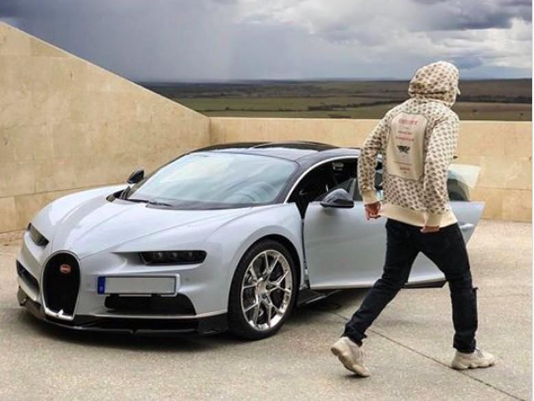 Bugatti Chiron milik Karim Benzema Foto: Pool (Instagram)