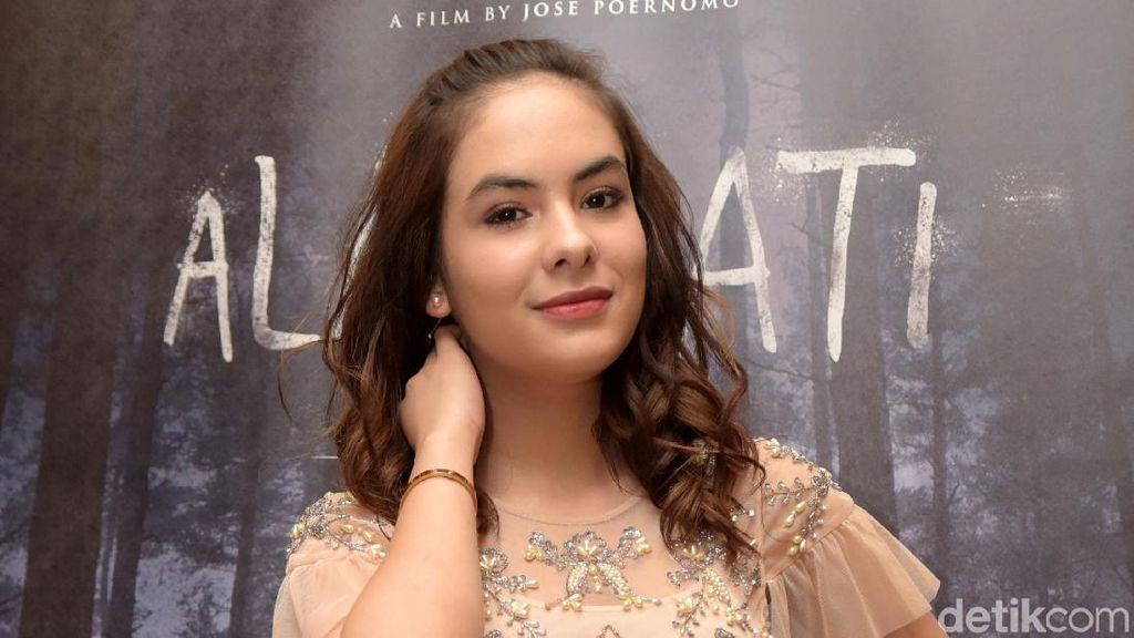Lama Tak Muncul, Stefhanie Zamora Jadi Tukang Seblak