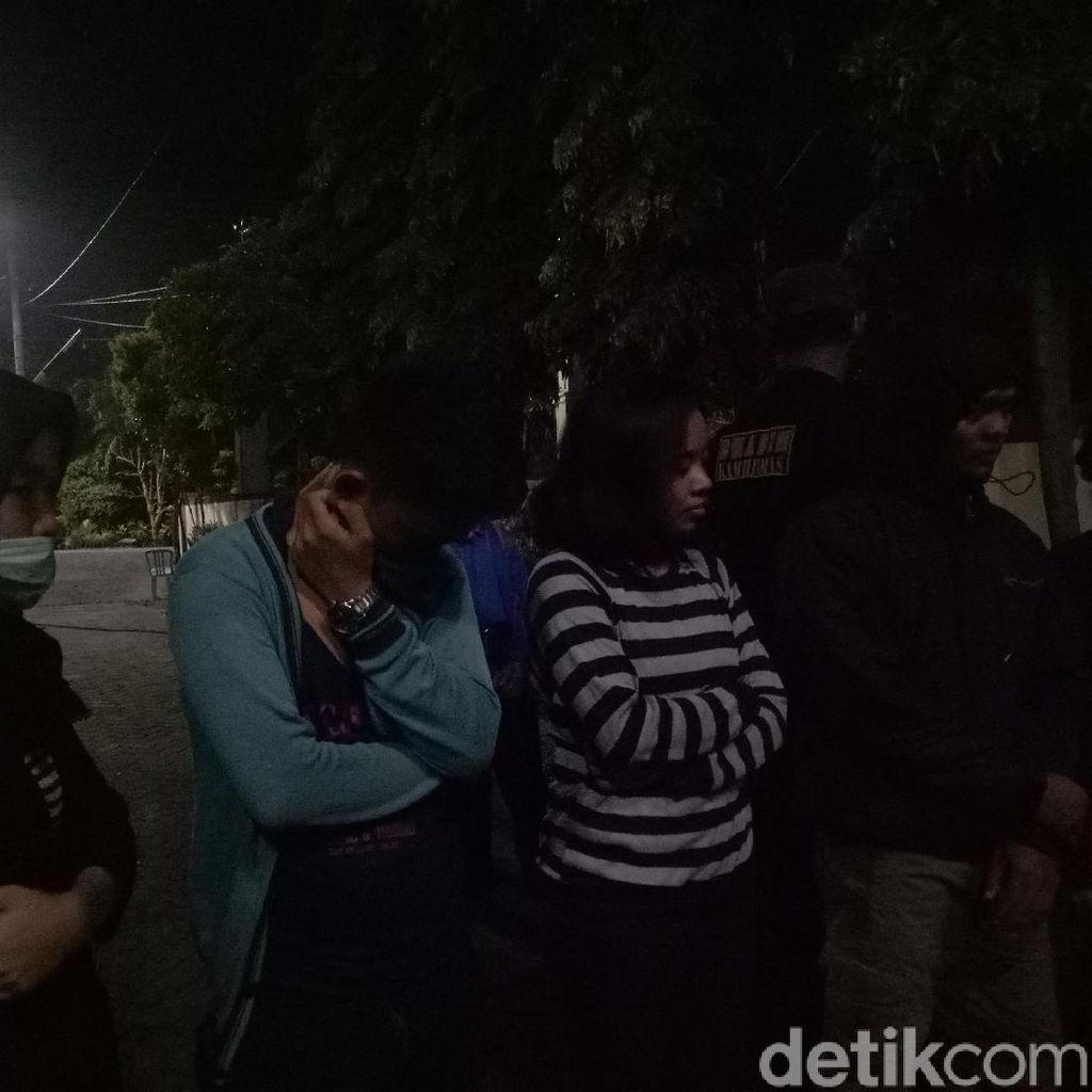 Dirazia Polisi, 8 Sejoli di Rumah Kos Makassar Ngaku Nobar Bola