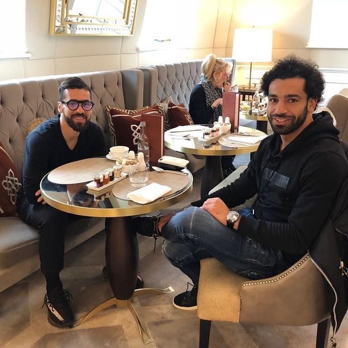 Pemilik nama asli Mohamed Salah Ghaly ini alami cedera di Final Liga Champions hari ini. Dikenal sebagai pemain andalan, Salah juga ternyata gemar abadikan foto ketika sedang ingin makan. Foto: Instagram @mosalah