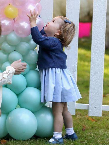 Alasan Putri Charlotte Tak Pernah Pakai Celana Panjang/