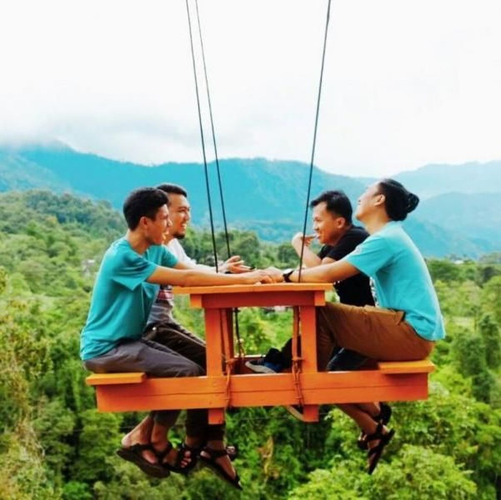 Bukit Paling Instagrammable di Bogor