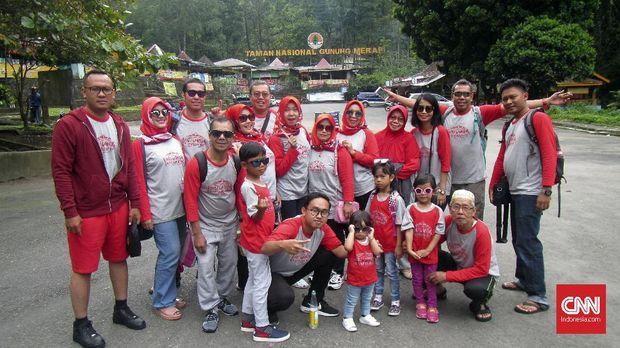 Tips Wisata Keluarga Besar dari 'Kesultanan Cidodol'