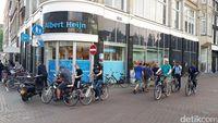 Pedestarian di Amsterdam yang juga penuh oleh sepeda (Afif Farhan/detikTravel)
