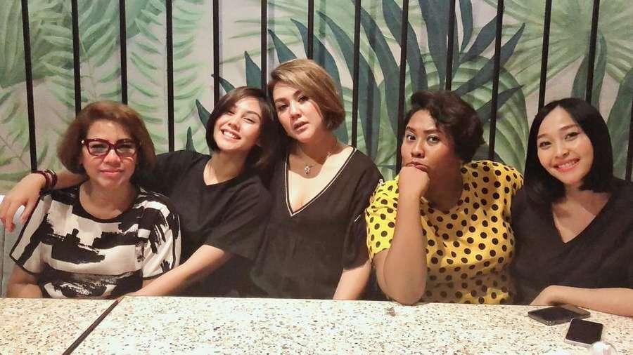 Sama-sama Berambut Pendek, Sissy dan Vanesha Makin Mirip?