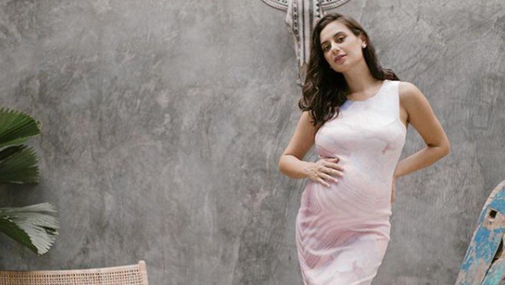 Marissa Nasution Melahirkan Anak Pertama, Ini Pacar Vanessa Angel