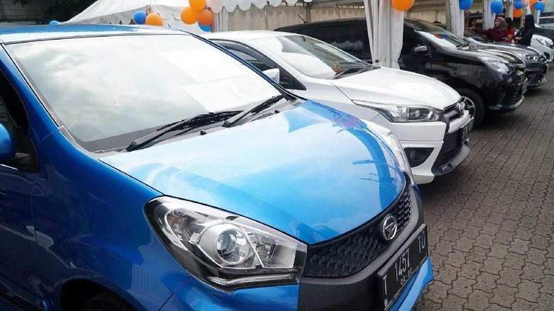 Astra Credit Companies (ACC), perusahaan pembiayaan pertama Astra, mengadakan bursa mobil bekas berkualitas bertajuk  ACC Ramadan Auto Fair
