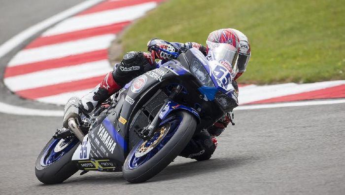 Galang Hendra Pratama finis kesembilan pada seri World SuperSport 300 di Donington Park (Yamaha Racing Indonesia)