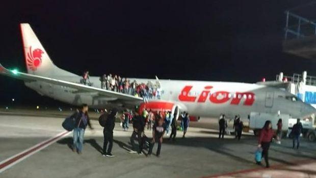 Suasana pesawat Lion Air yang diancam bom di Pontianak