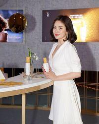 Song Hye Kyo tampak lebih berisi.