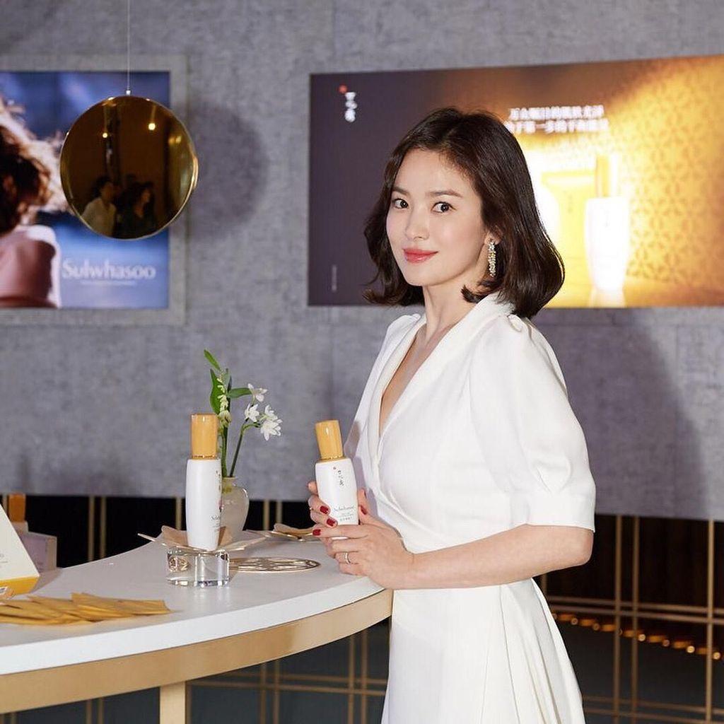 Lebih Berisi, Song Hye Kyo Dikabarkan Hamil