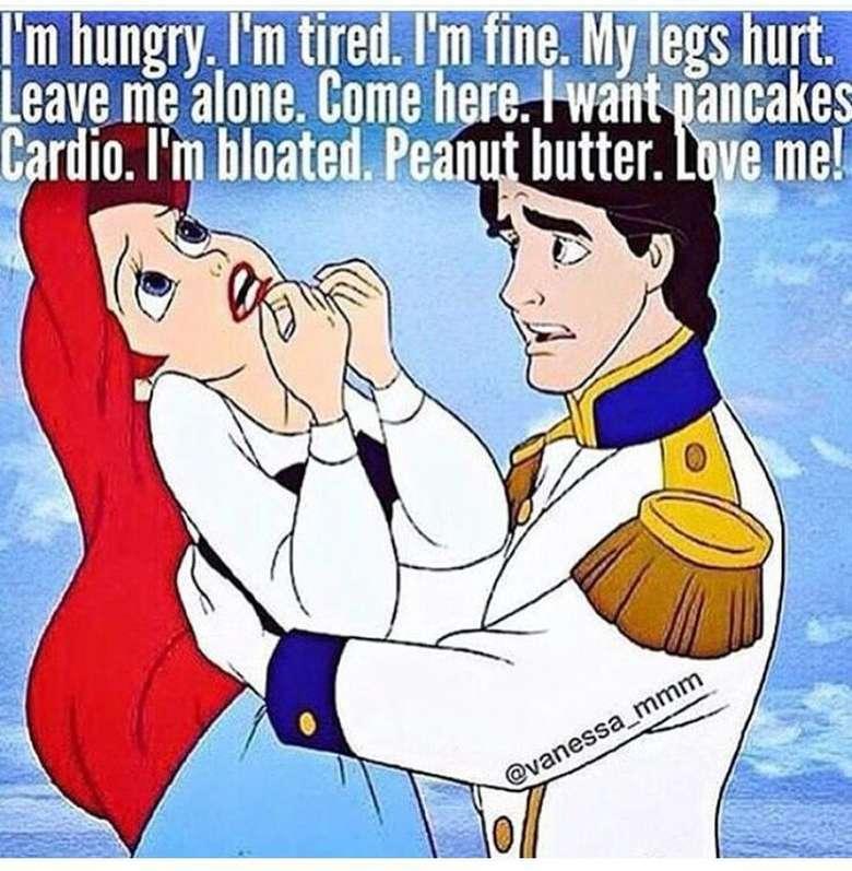 Perut kembung, badan pegal-pegal, kepala pusing, gampang lapar, duh enggak enak deh jadi cewek saat PMS. (Foto: Internet)