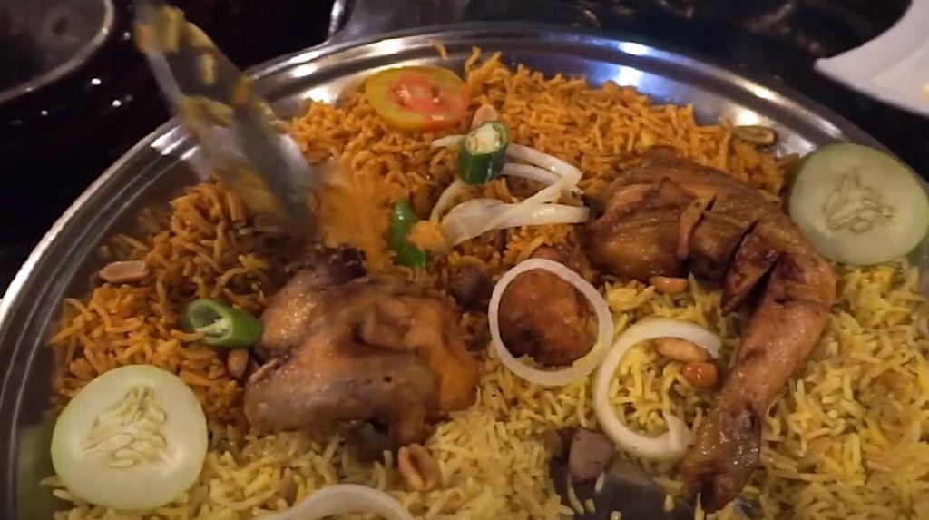 Alasan Ustaz Khalid Basalamah Buka Usaha Kuliner Khas Arab
