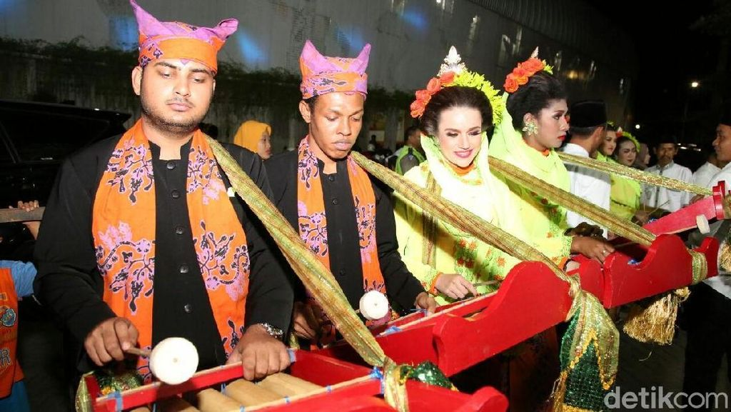 Saat Mahasiswa Asing Ramaikan Festival Patrol Banyuwangi