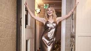 Pesona Kylie Minogue di Usia 45 Tahun