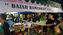 Berkah Ramadan dari Jualan Takjil di Benhil