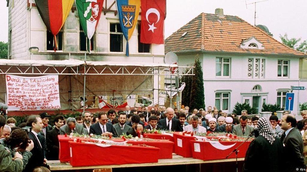 Xenofobia dan Serangan Rasis di Solingen 25 Tahun Lalu