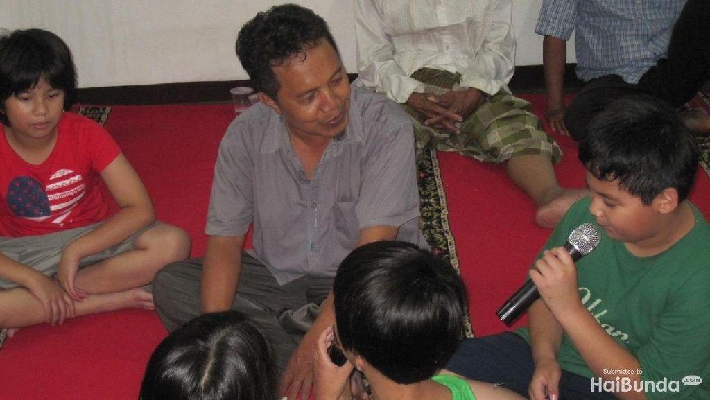 Cerita Anak-anak yang Happy Saat Dengar Azan di Indonesia