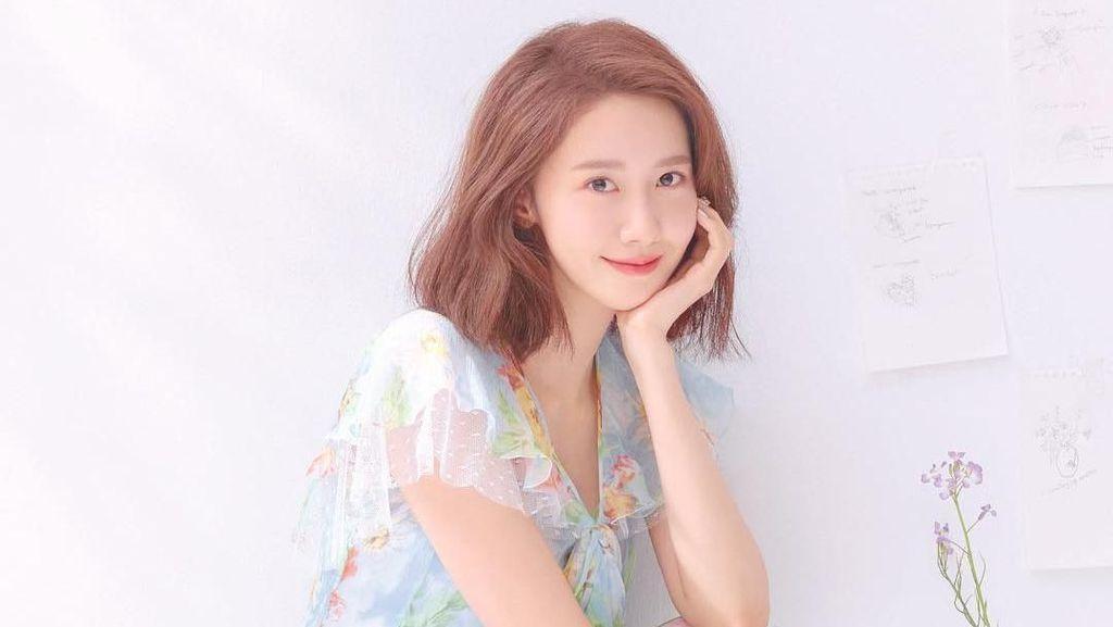 Syuting Film Exit, YoonA SNSD Dapat Kiriman Dua Food Truck
