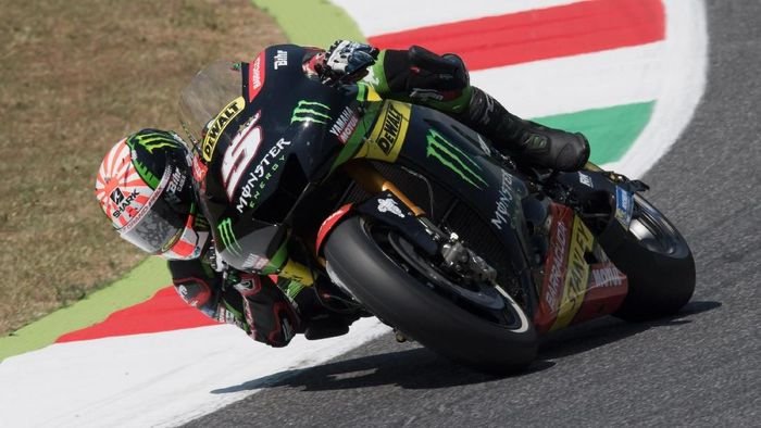 SCARPERIA, ITALY - JUNE 03:   Johann Zarco of France and Monster Yamaha Tech 3 rounds the bend during the MotoGp of Italy - Qualifying at Mugello Circuit on June 3, 2017 in Scarperia, Italy.  (Photo by Mirco Lazzari gp/Getty Images)