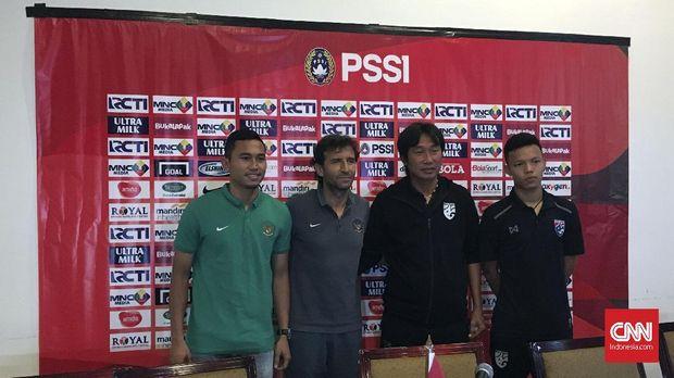 Timnas Indonesia dan Thailand menjalani sesi konferensi pers jelang pertandingan persahabatan.