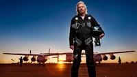 Richard Branson selaku pemilik dari Virgin Galactic bersama mantan Gubernur New Mexico Bill Richardson berupaya membuka bandara antariksa. Cita-cita tersebut baru terwujud 15 tahun kemudian saat ini